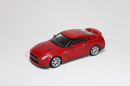 オルタニティ NISSAN GT-R/コンボイ バイブラントレッド