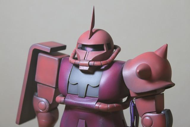 バンダイ 1/100 シャア専用ザク(旧キット)
